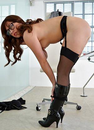 Huge Ass Booty Pics