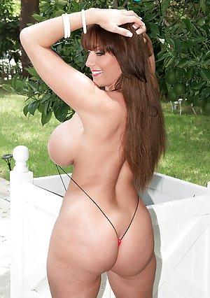 Bikini Ass Pics