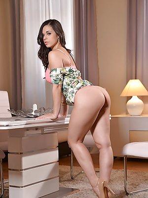 Pornstar Huge Ass Pics
